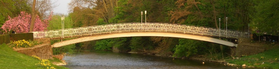 Maria Hilf Brücke im Sommer